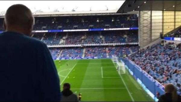 Ibrox Stadium, secção: Gr1, fila: G, lugar: 17