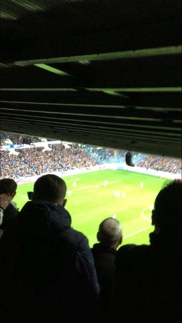 Ibrox Stadium, secção: CD2, fila: AC, lugar: 57