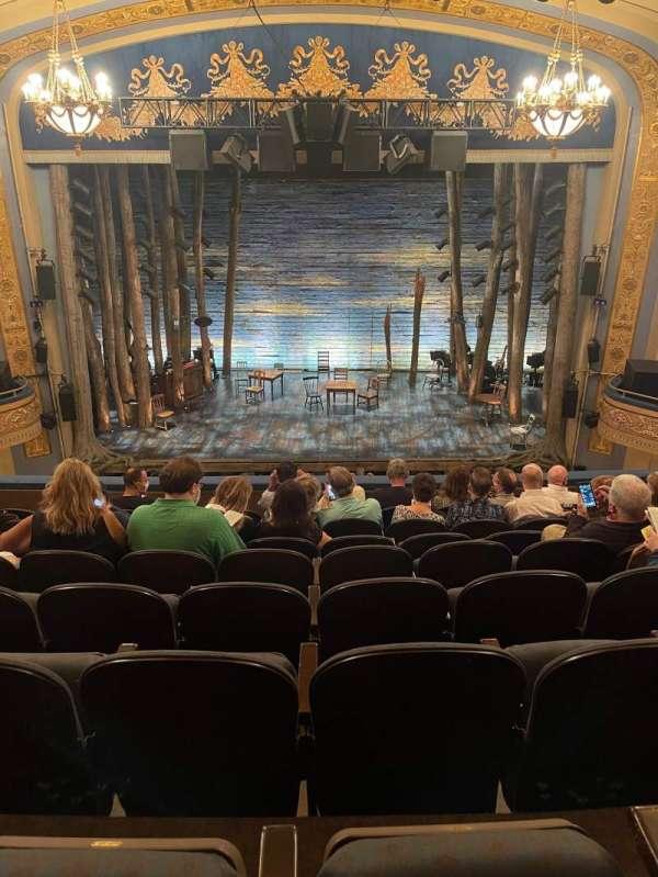 Gerald Schoenfeld Theatre, secção: Mezzanine C, fila: H, lugar: 106