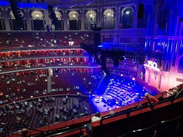 Royal Albert Hall, secção: Rausing circle X, fila: 6, lugar: 221