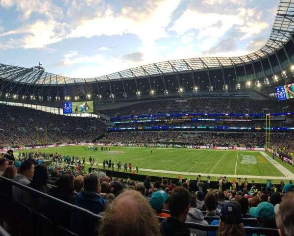 Tottenham Hotspur Stadium, secção: 117, fila: 22, lugar: 542