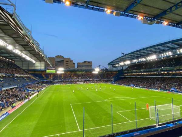 Stamford Bridge, secção: Matthew Harding Upper 14, fila: A, lugar: 130