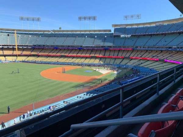 Dodger Stadium, secção: 241, fila: CL, lugar: 2