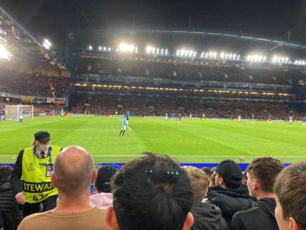Stamford Bridge, secção: East Stand Lower 4, fila: M, lugar: 27
