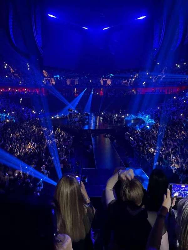 Mohegan Sun Arena, secção: 20, fila: P, lugar: 10