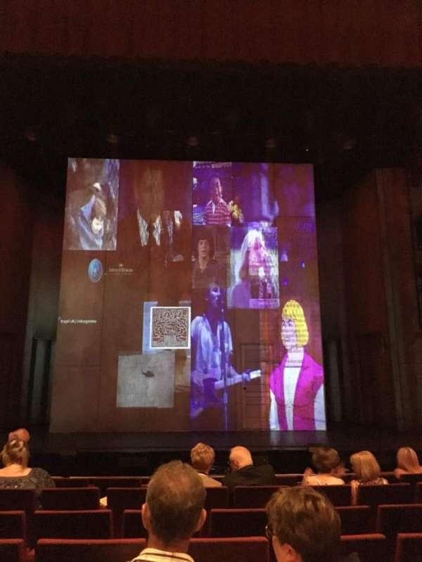 Bord Gáis Energy Theatre, secção: Stalls, fila: J, lugar: 27