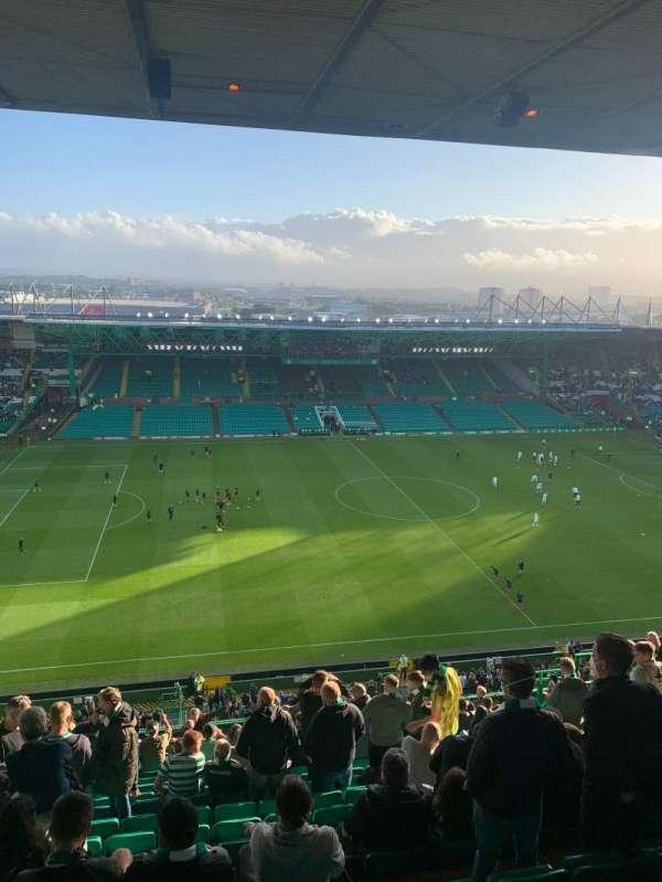 Celtic Park, secção: 407, fila: R, lugar: 29