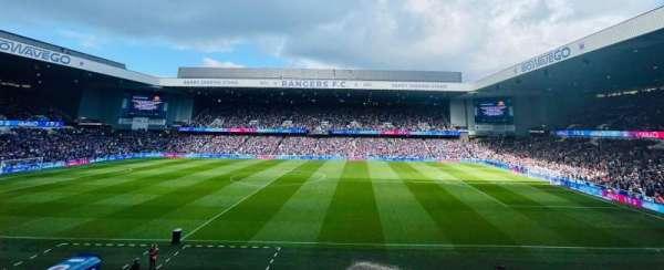 Ibrox Stadium, secção: MF, fila: J
