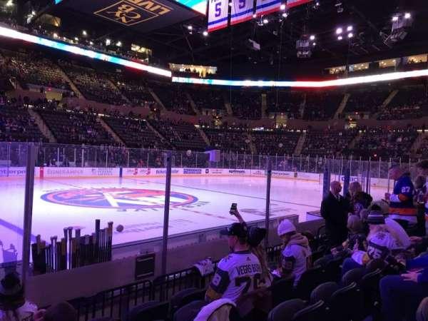 Nassau Veterans Memorial Coliseum, secção: 18, fila: 6, lugar: 12