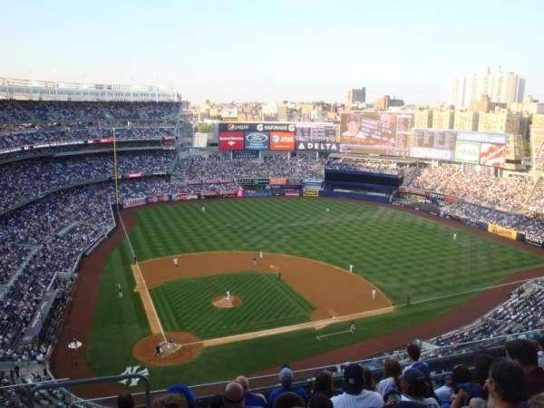Yankee Stadium, secção: 418, fila: 7, lugar: 23 and 24