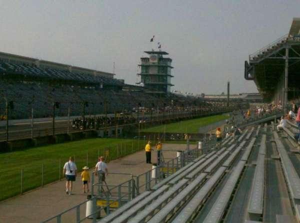 Indianapolis Motor Speedway, secção: Paddock 11, fila: H, lugar: 10