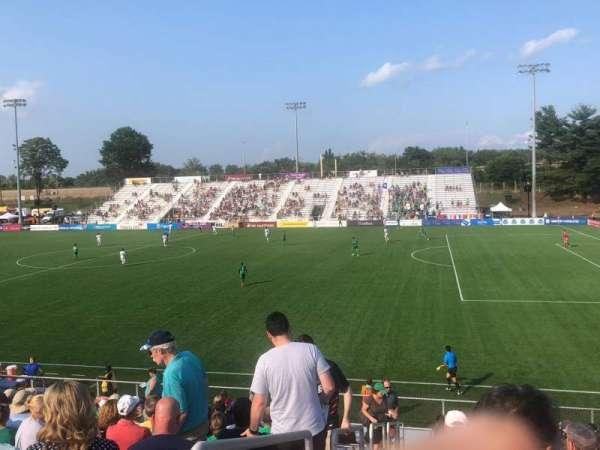 Dillon Stadium, secção: 8, fila: P, lugar: 23