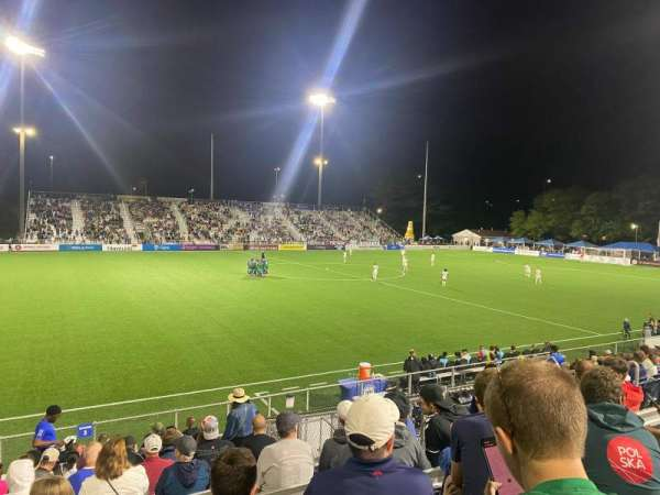 Dillon Stadium, secção: 3, fila: P, lugar: 13