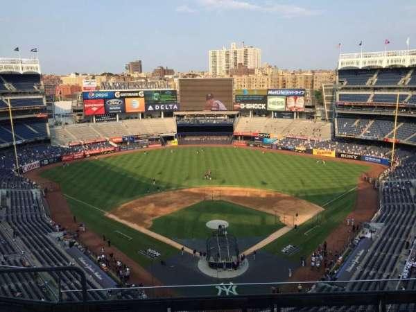 Yankee Stadium, secção: 420b, fila: 6, lugar: 21
