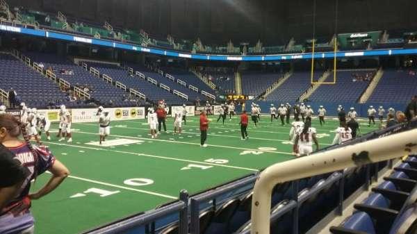 Greensboro Coliseum, secção: 106, fila: BB, lugar: 11