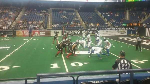 Greensboro Coliseum, secção: 127, fila: CC, lugar: 14
