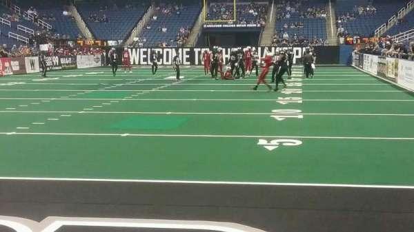 Greensboro Coliseum, secção: 118, fila: AA, lugar: 5