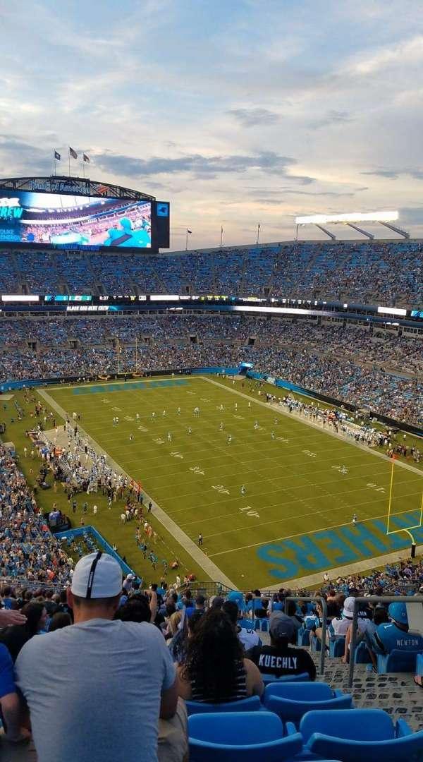 Bank of America Stadium, secção: 533, fila: 24, lugar: 3