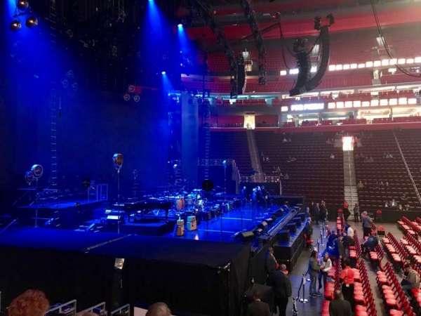 Little Caesars Arena, secção: 125, fila: 10, lugar: 1
