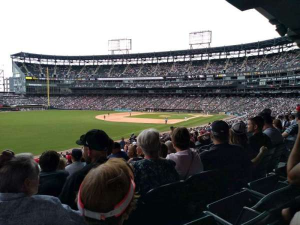 Guaranteed Rate Field, secção: 153, fila: 35, lugar: 10