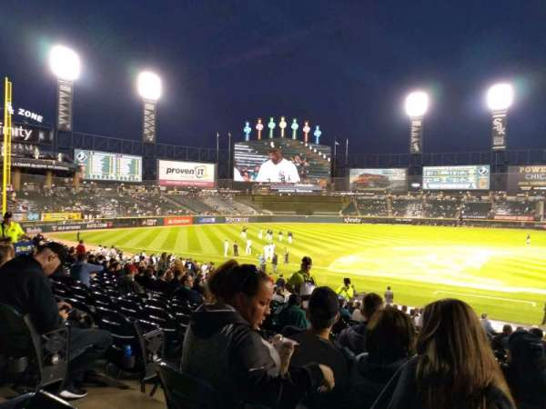 Guaranteed Rate Field, secção: 139, fila: 26, lugar: 7