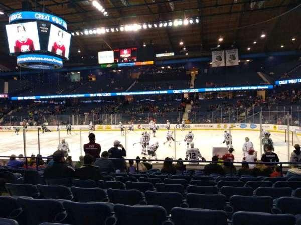 Allstate Arena, secção: 109, fila: H, lugar: 17