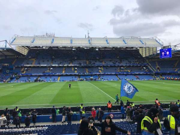 Stamford Bridge, secção: West Stand Lower 5, fila: 23, lugar: 134