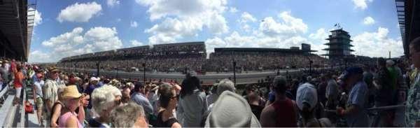 Indianapolis Motor Speedway, secção: Paddock 35, fila: 15