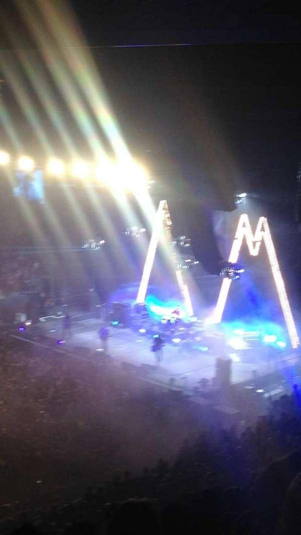 Madison Square Garden, secção: 210, fila: 14, lugar: 1