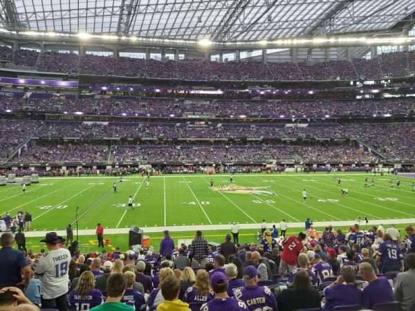 U.S. Bank Stadium, secção: V4, fila: 19, lugar: 13