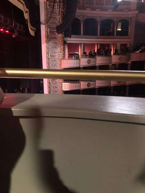 The Met Philadelphia, secção: Loge Box 2, fila: A, lugar: 3