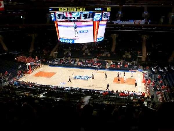 Madison Square Garden, secção: 212, fila: 11, lugar: 10