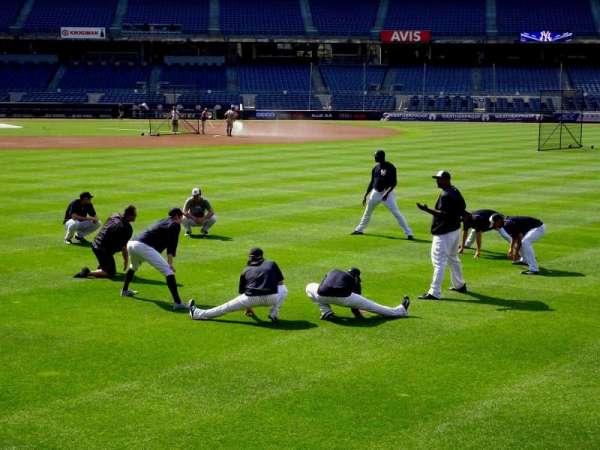 Yankee Stadium, secção: 104, fila: 1, lugar: 10