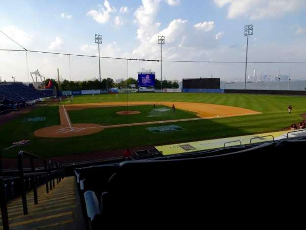 Richmond County Bank Ballpark, secção: 11, fila: V, lugar: 19
