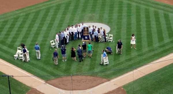 Yankee Stadium, secção: 320A, fila: 2, lugar: 19