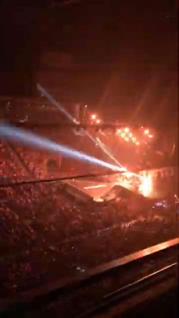 Gila River Arena, secção: 216, fila: A, lugar: 15