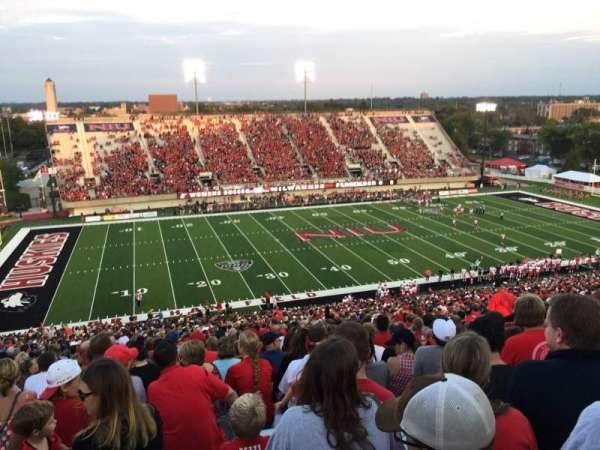 Huskie Stadium, secção: F, fila: 69, lugar: 14