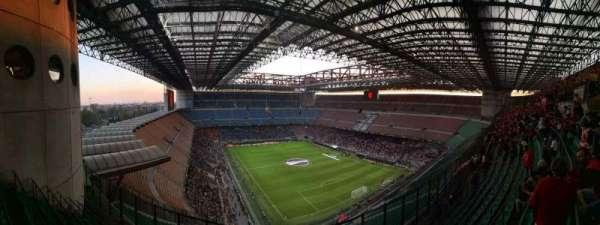 Stadio Giuseppe Meazza, secção: 357, fila: 11, lugar: 5