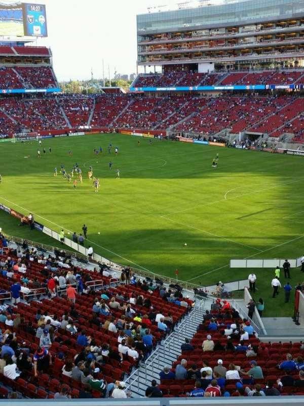 Levi's Stadium, secção: 208, fila: 3, lugar: 2