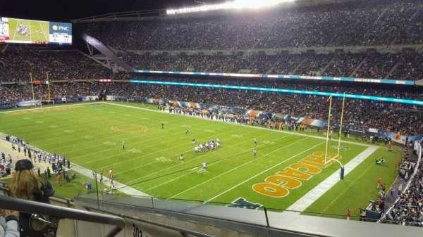Soldier Field, secção: 302, fila: 5, lugar: 3