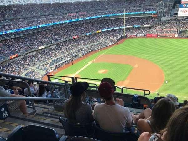 Yankee Stadium, secção: 414, fila: 9, lugar: 24