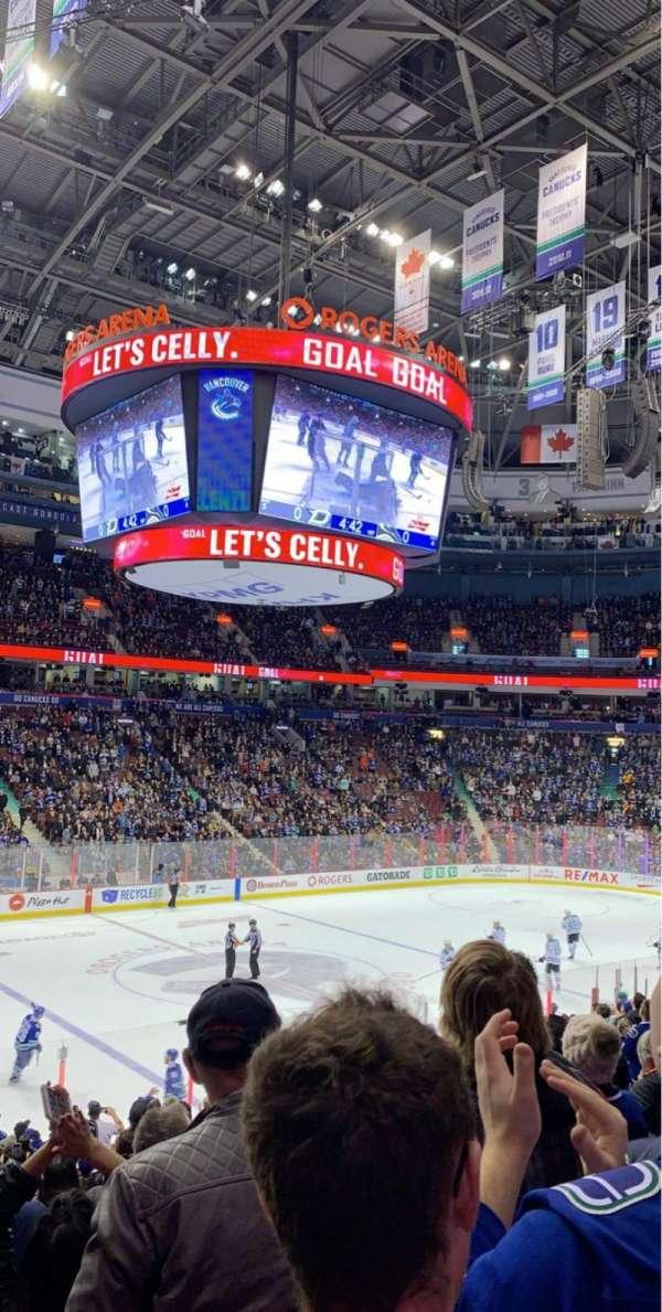 Rogers Arena, secção: 119, fila: 19, lugar: 8