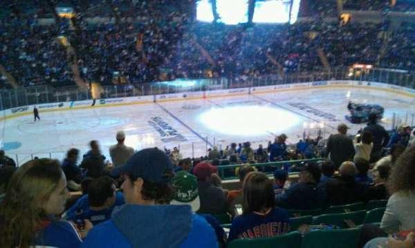 Madison Square Garden, secção: 318, fila: H, lugar: 4
