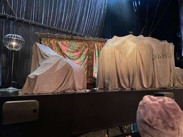 Majestic Theatre, secção: Orchestra L, fila: AA, lugar: 3