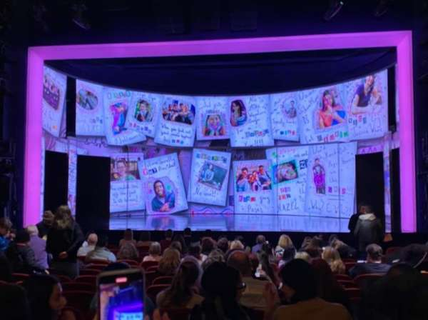 August Wilson Theatre, secção: Orchestra C, fila: Q, lugar: 103