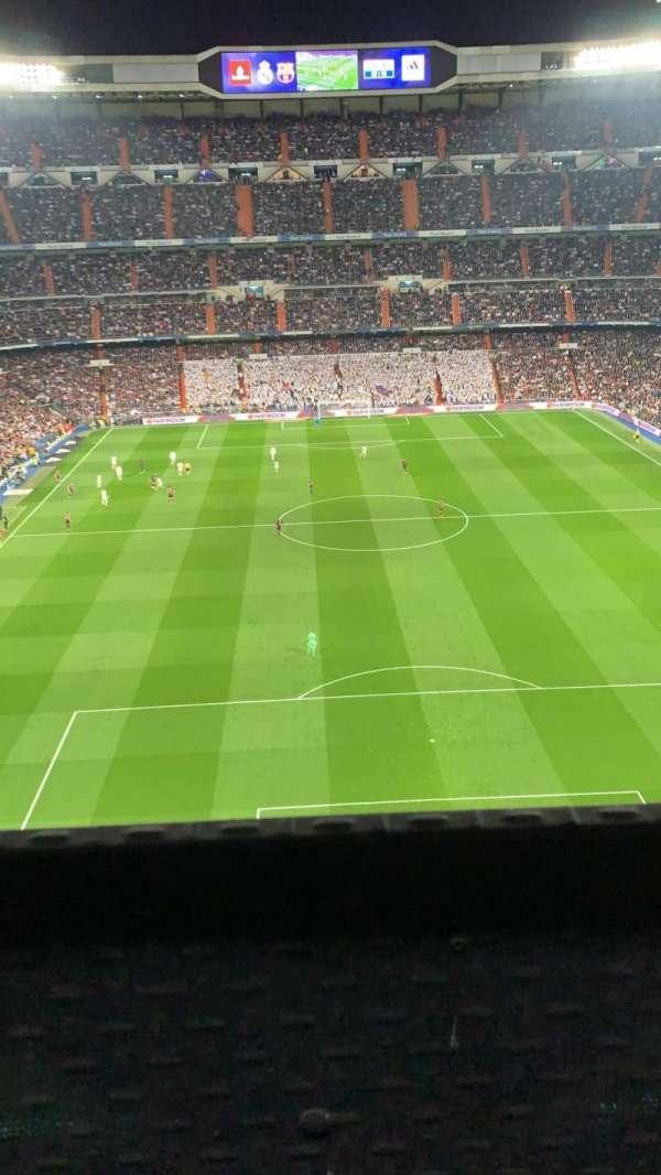Santiago Bernabéu Stadium, secção: 523, fila: 001