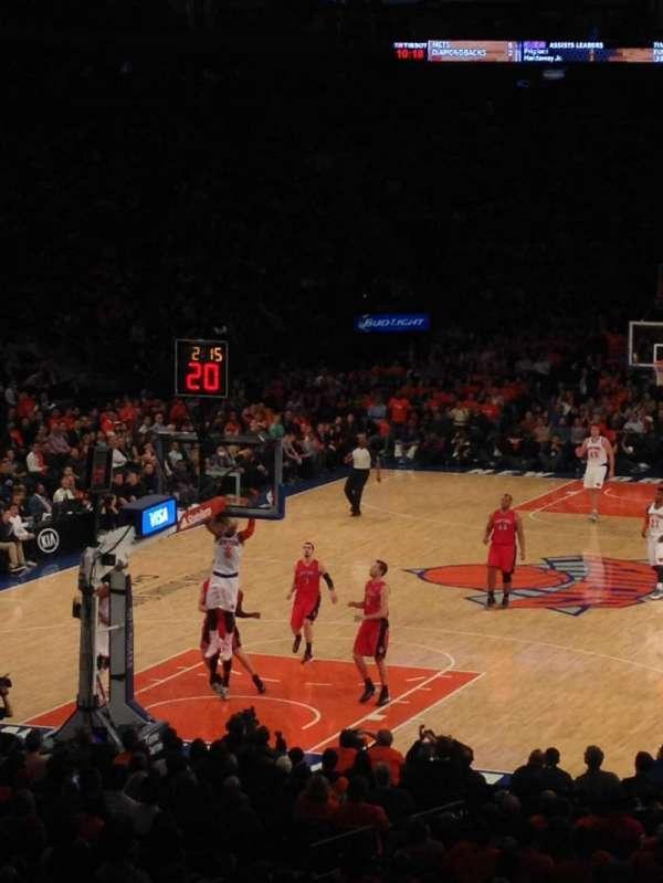 Madison Square Garden, secção: 103, fila: 18, lugar: 13