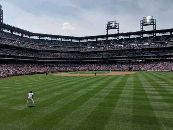Citizens Bank Park, secção: 103, fila: 1, lugar: 11