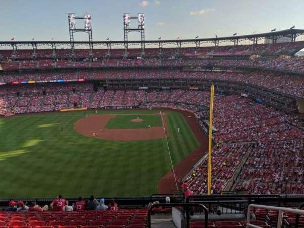 Busch Stadium, secção: 372, fila: 13, lugar: 2