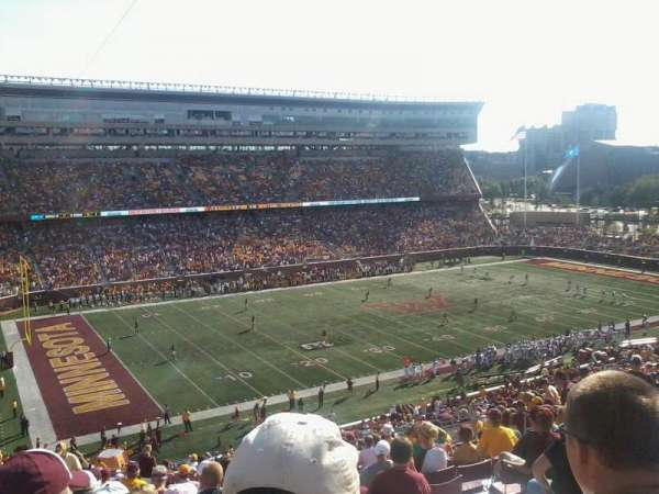 TCF Bank Stadium, secção: 215, fila: 21, lugar: 17